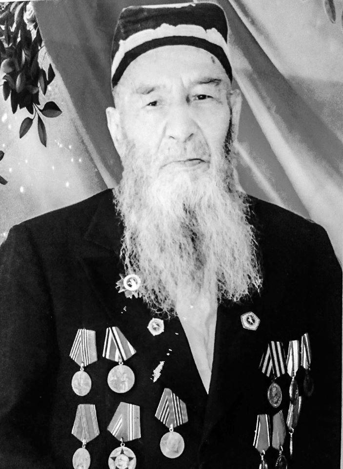 таджикский ветеран Расулов Саймирзо